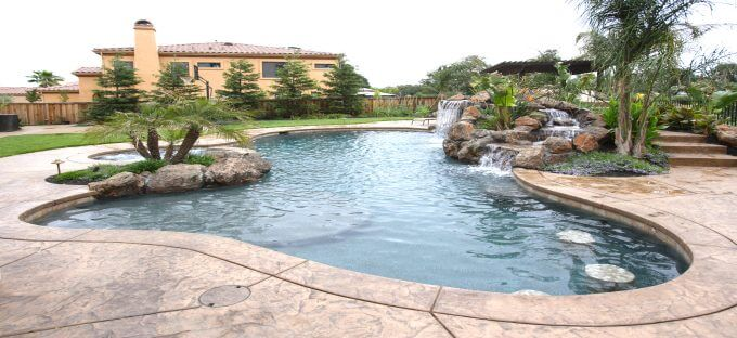 Custom pools houston sugar land pool builder sweetwater for Pool design houston tx